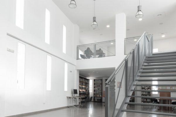proyecto arquitectura en biblioteca los molares sevilla utrera