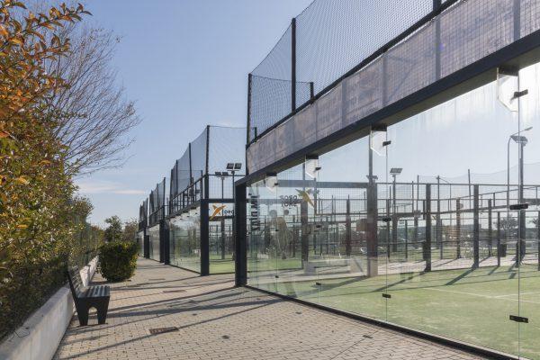 arquitectura de club deportivo padel sevilla Utrera